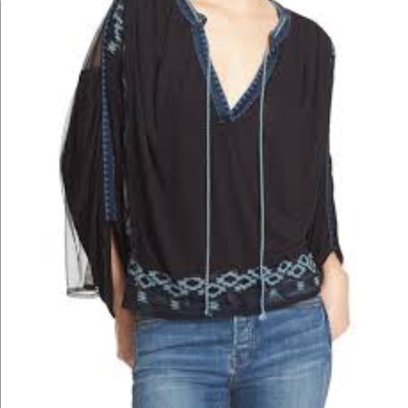 NEW FREE PEOPLE EMBROIDERED DOLMAN SLEEVE TOP SIZE Medium